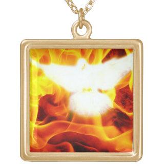 Heiliger Geist Halskette Mit Quadratischem Anhänger
