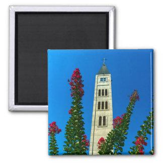 Heiligesluke-Turm in Mostar, Bosnien und Quadratischer Magnet