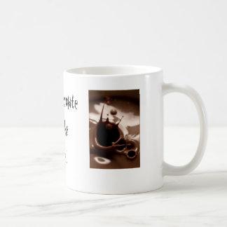 Heiße Schokolade durch das Feuer! Kaffeetasse