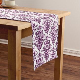 Heißes lila und weißes elegantes Damast-Muster Kurzer Tischläufer