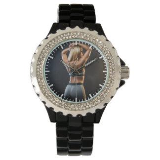 Heißes weibliches Fitness-Mädchen Armbanduhr