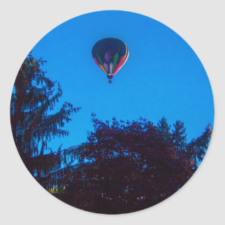 Heißluft-Ballon 3 Runder Aufkleber