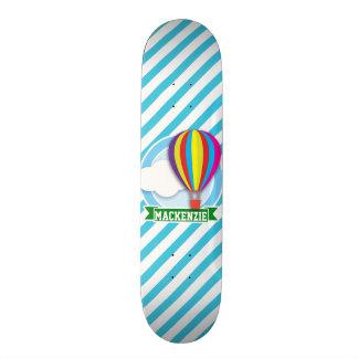 Heißluft-Ballon; Blaue u. weiße Streifen Bedrucktes Skateboard