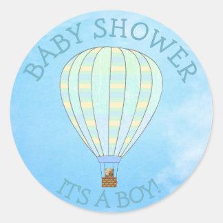 Heißluft-Ballon, sein ein Junge, Runder Aufkleber