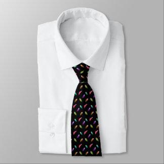 Hell farbige Federn, schwarzer Hintergrund Individuelle Krawatten