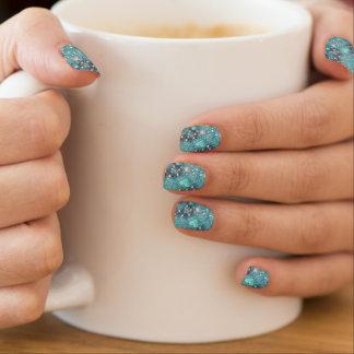 Hellblaue Glitzern und Liebe-Herzen Minx Nagelkunst