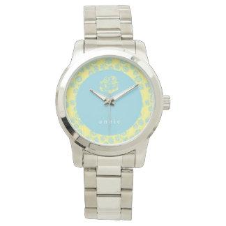 Hellblaues und gelbes Blumen Armbanduhr