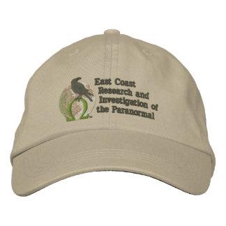 Helle Farben des ECRIP Logo-Hutes (gestickt) - Besticktes Baseballcap