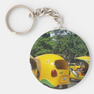 Helle gelbe Spaß-Cocotaxis von Kuba Schlüsselanhänger