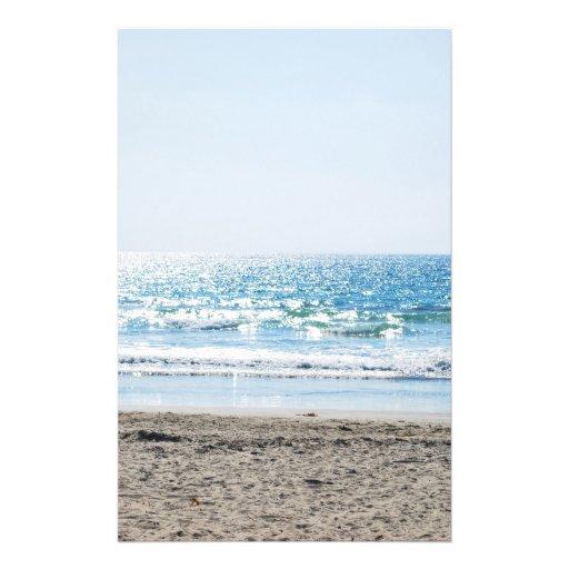 Heller Kalifornien-Strand - blauer Ozean Individuelle Flyer