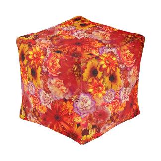 Heller Rojo mit Blumenblumenstrauß-reiche glühende Kubus Sitzpuff