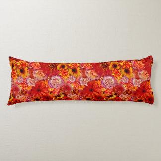 Heller Rojo mit Blumenblumenstrauß-reiche glühende Seitenschläferkissen