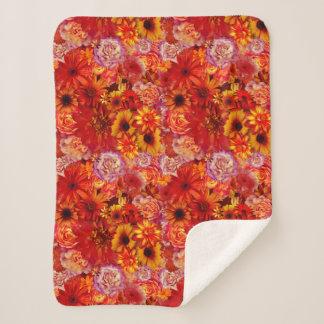 Heller Rojo mit Blumenblumenstrauß-reiche glühende Sherpadecke