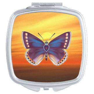 Heller Schmetterling Taschenspiegel