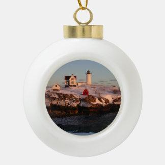 Heller Wintersonnenuntergang des Klumpens Keramik Kugel-Ornament