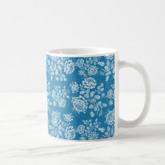 Helles Aqua und weiße Rosen Kaffeehaferl