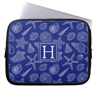 Helles blaues Muschel-Muster | addieren Ihre Laptop Sleeve