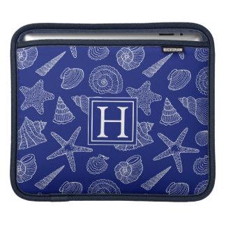 Helles blaues Muschel-Muster | addieren Ihre Sleeve Für iPads