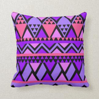 Helles lila blaues Dreieck-geometrisches Muster Kissen