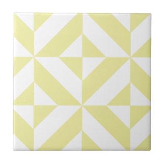 Hellgelbes geometrisches Deko-Würfel-Muster Keramikfliese