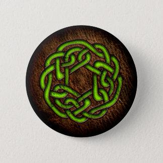 Hellgrüne keltische Verzierung auf Leder Runder Button 5,7 Cm