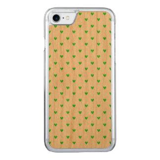 Hellgrünes Glitter-Herz-Muster Carved iPhone 8/7 Hülle