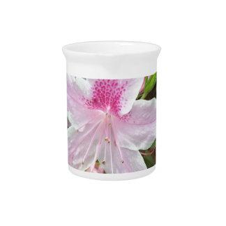Hellrosa Blume Getränke Pitcher