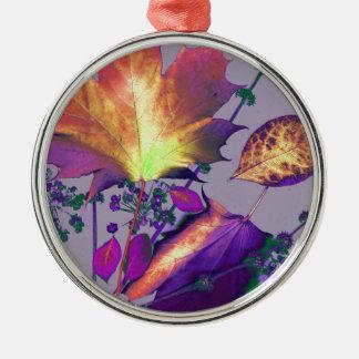 Herbst-Blätter in der Flieder Silbernes Ornament
