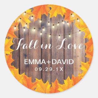 Herbst-Blätter-Schnur-Licht-Fall beim Liebe Runder Aufkleber