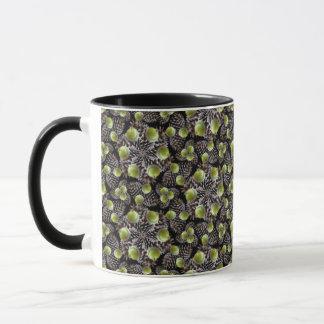 Herbst-Eichel-und Kiefern-Kegel-Inspektion Tasse