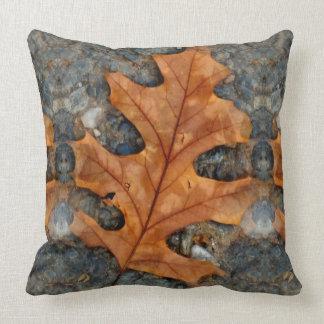 Herbst-Eichen-Blatt-Wurfs-Kissen Kissen