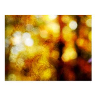 Herbst-Engel mit strukturiertem Bokeh Postkarte