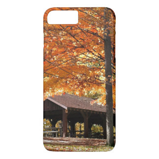Herbst in einem Park iPhone 8 Plus/7 Plus Hülle