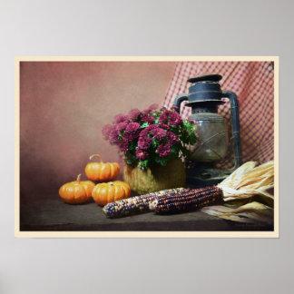 Herbst-Stillleben mit Laterne, Mamas und Kürbisen Poster