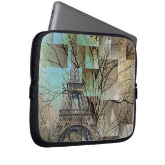 HerbstlandschaftsBaumast-Paris-Eiffelturm Laptop Sleeve