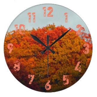 Herbstlaub Große Wanduhr