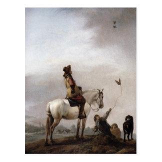 Herr auf einem Pferd, das einen Falkner aufpasst Postkarte