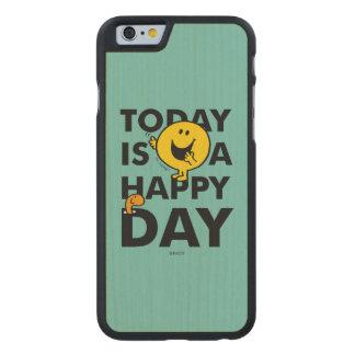 Herr Happy | ist heute ein glücklicher Tag Carved® iPhone 6 Hülle Ahorn