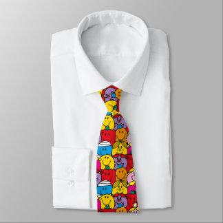 Herr Men u. kleines Fräulein | in einem Bedruckte Krawatte