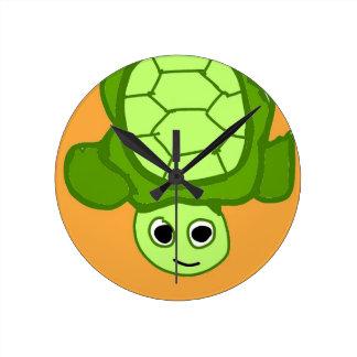 Herr Schildkröte, weil ich Schildkröten mag Runde Wanduhr
