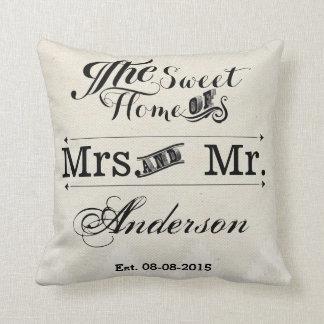 Herr und Frau Vintage Typografiehochzeit Kissen