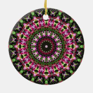 Herrliche grüne u. magentarote BlumenMandala-Kunst Keramik Ornament