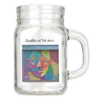 Herrlicher Maurer-trinkendes Glas