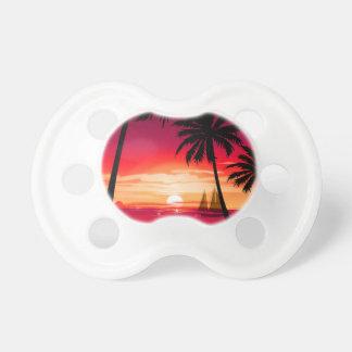 Herrlicher Shimmery Insel-Sonnenuntergang u. Schnuller