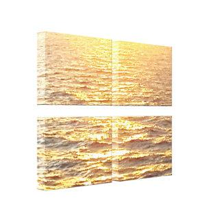 Herrliches goldenes karibisches Wasser am Leinwanddruck