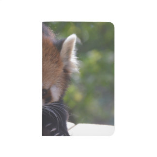 Herumstreichender roter Panda Taschennotizbuch