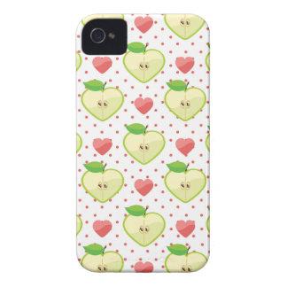 Herz-Äpfel mit rosa Tupfen und Herzen iPhone 4 Hülle