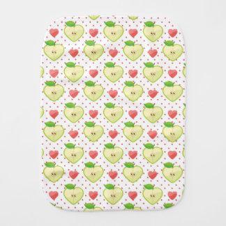 Herz-Äpfel mit rosa Tupfen und Herzen Baby Spuchtücher