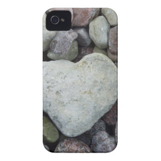 Herz aus Stein iPhone 4 Hüllen