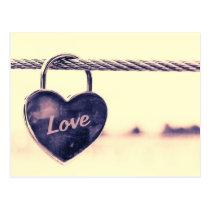 Herz geformtes Liebevorhängeschloß Postkarten